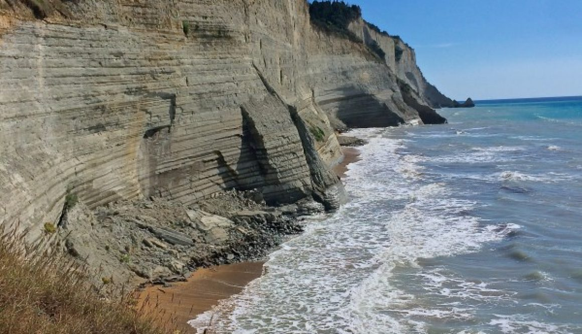 loggas-the-sunset-beach-corfu-e1436870187822